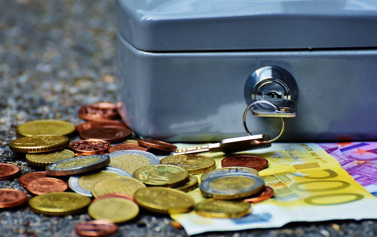 Így takaríts meg a hitel mellett!
